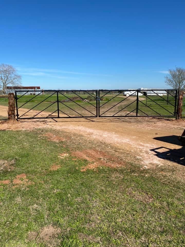 Nice Set of New Gates!